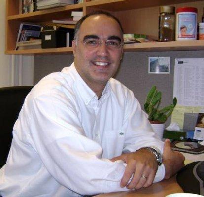 Doç. Dr. Mahmut Bayazıt